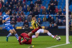 03-12-2016: Voetbal: Vitesse v PEC Zwolle: Arnhem (L-R) voorzet Mitchell van Bergen van Vitesse - Nathan de Souza of Vitesse - scoort van der Hart van PEC is te laatd